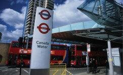 view of signage at Canada Water for Underground and Buses.